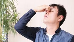 ぶどう膜炎の症状と原因