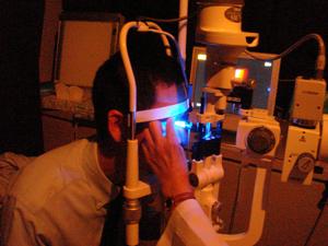眼圧検査/アプラネージョントノメーター